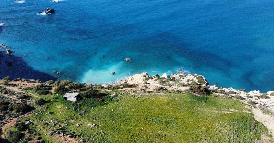 LAND PLOT 5500 m² FOR SALE IN PITSIDIA (KOMOS)