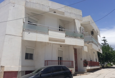 BUILDING WITH APARTMENTS FOR SALE IN MIRES