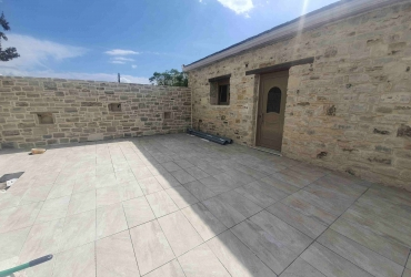 HOUSE 90 m² FOR SALE IN PITSIDIA