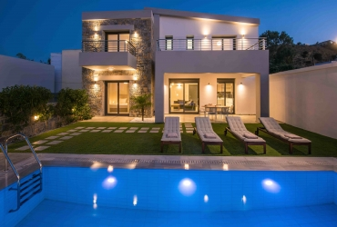 VILLA 150 m² FOR SALE IN PITSIDIA