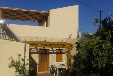 HOUSE FOR SALE IN PITSIDIA