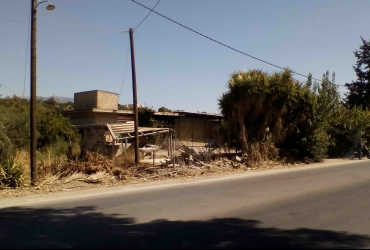 BUILDING 330 SQM FOR RENT ON THE MAIN ROAD MIRES-TIMBAKI